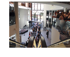 Interiörbild från expectrum där medlemsmötet och årsmötet hålls