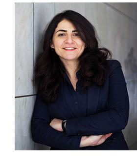 Melika Hozhabri, industridoktorand på Addiva och Mälardalens högskola