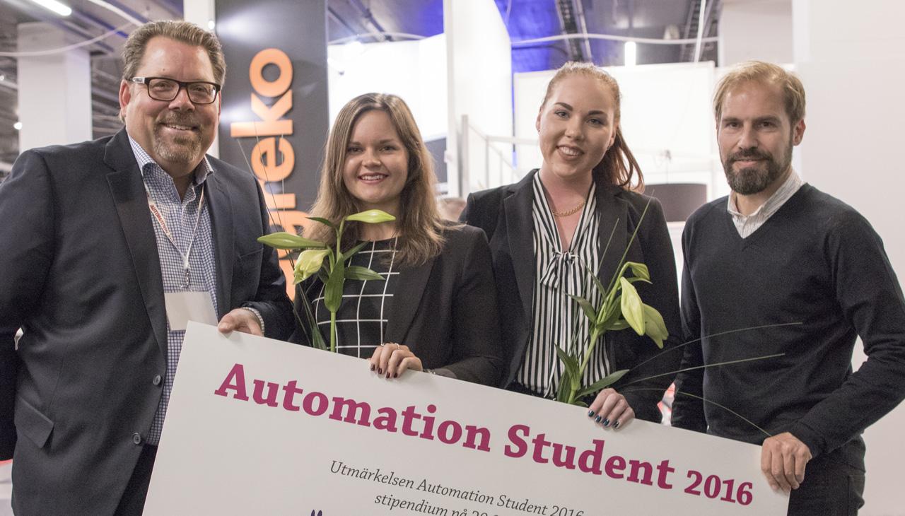 Mikael Klintberg, Automation Region, Amanda Nilsson och Hanna Lindkvist från Högskolan i Skövde, samt Fredrik Karlsson, Ny Teknik Automation.